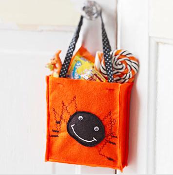 halloween spider treat bag